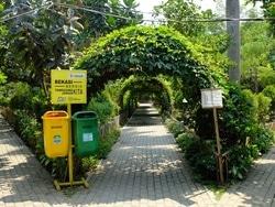 1030 small bekasi canangkan program 1000 taman kota
