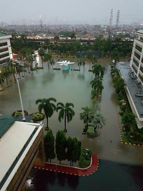 10668 medium banjir di ditjen pajak bea cukai rawamangun