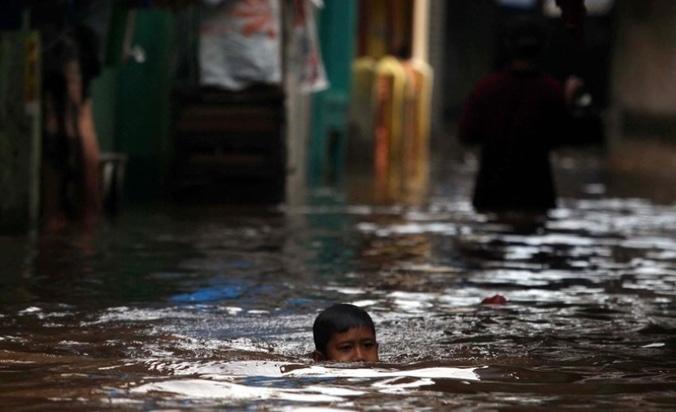 10874 medium bnpb 654 bencana di awal tahun 2017  potensi banjir meningkat