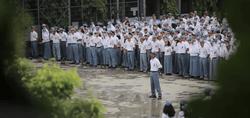 17318 small pemkot bekasi akan beri bantuan pendidikan rp 170 ribu per siswa