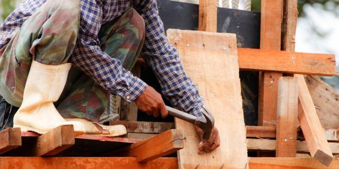 17639 medium dibutuhkan tukang dan kenek bangunan