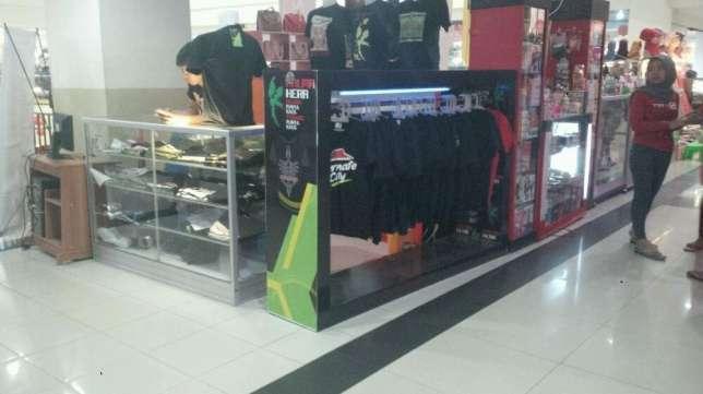 22206 medium cari karyawan distro jatiland mall