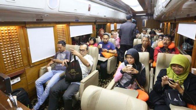 23644 medium kereta api wisata priority april 18