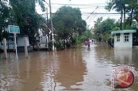 2532 medium jakarta timur siaga banjir