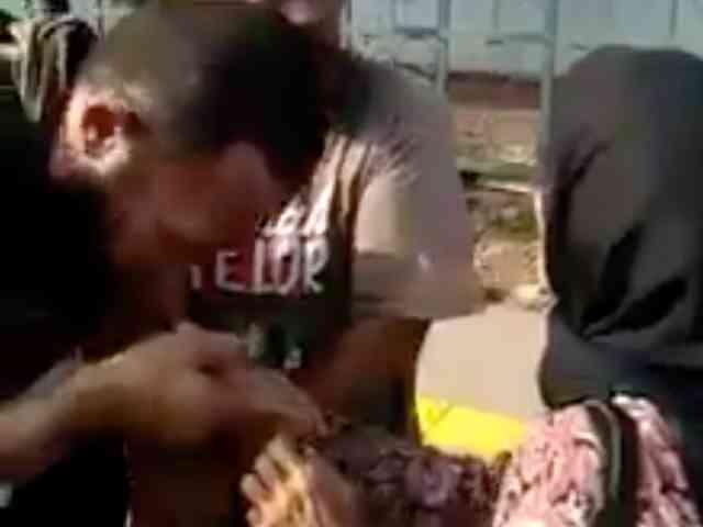 26462 medium nenek korban copet selamatkan pelaku dari amukan warga