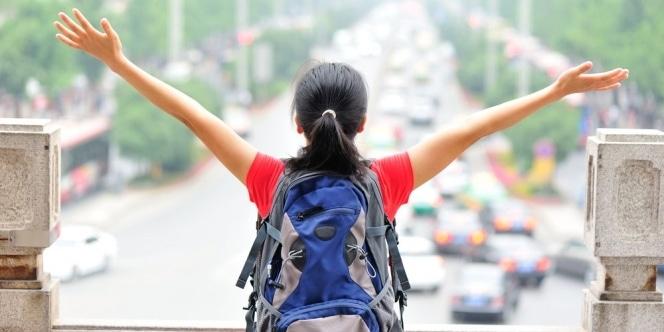 26652 medium traveler wanita
