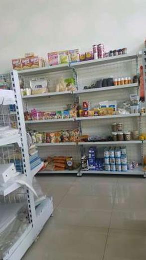 27047 medium karyawan toko bahan kue