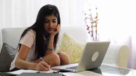 27052 medium pt. surga mall butuh staff admin designer programing web pembantu
