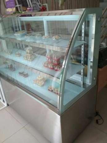 27224 medium dibutuhkan admin toko kue offline dan online