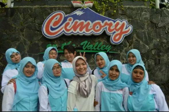 27325 medium %28perempuan hebat%29 lowongan pekerjaan sebagai miss cimory