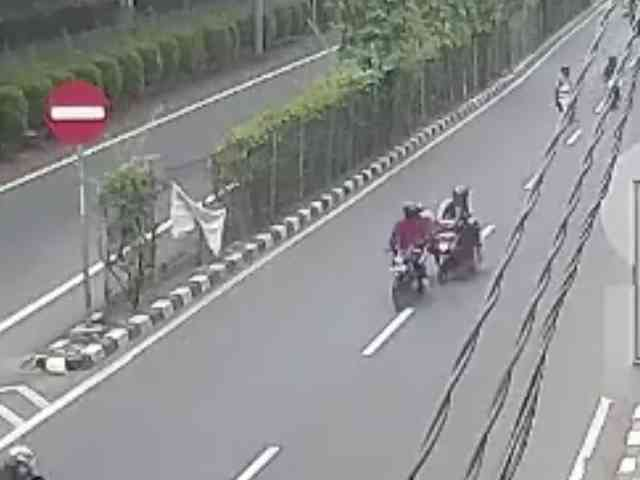 27507 medium video wanita penumpang grab bike tewas dijambret di cempaka putih