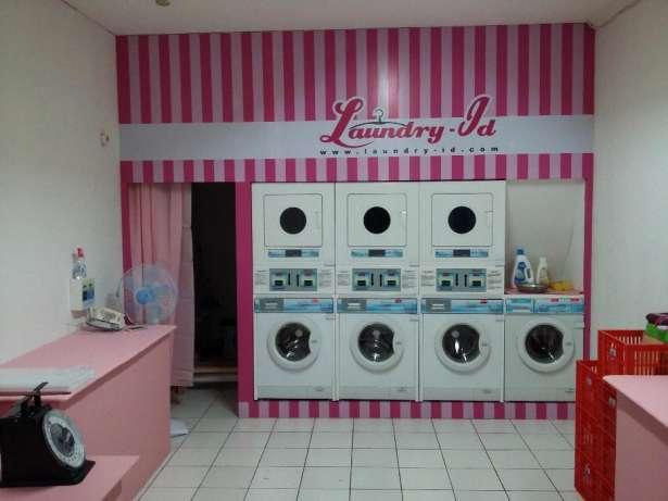 27709 medium asisten dan kasir laundry kartu