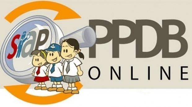 27873 medium ppdb bekasi  ada 1.800 bangku kosong smpn