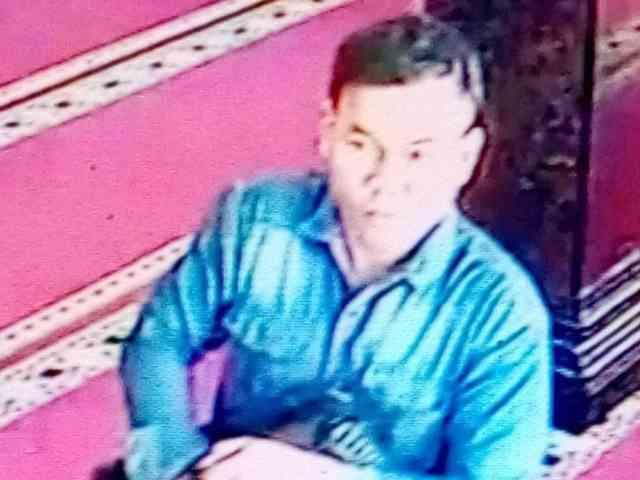 27908 medium video viral pencurian uang dalam kotak amal masjid di semarang