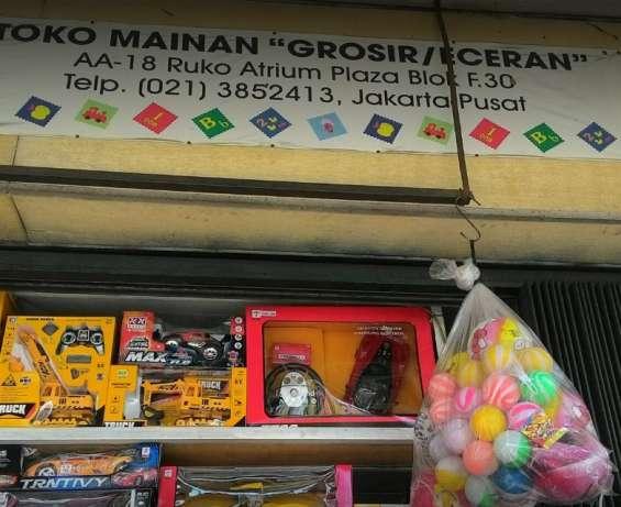 28329 medium kepala gudang toko grosir dan retail mainan