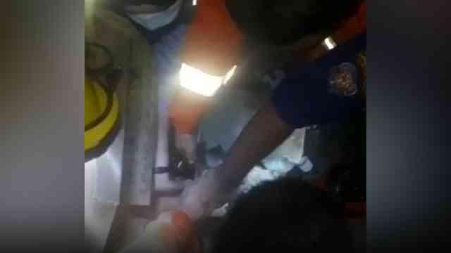 28597 medium video evakuasi bocah tersedot pipa air kolam renang di cakung
