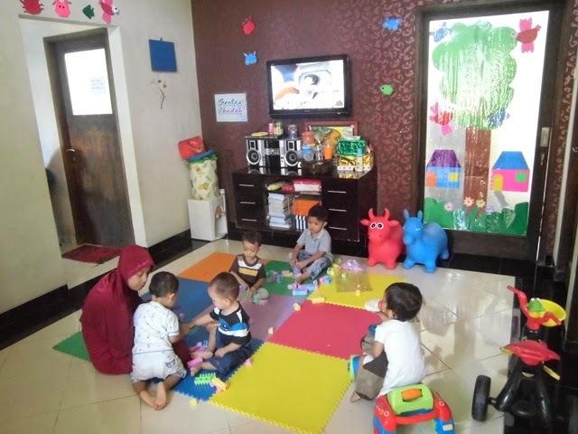 29327 medium lowongan pengasuh anak untuk daycare