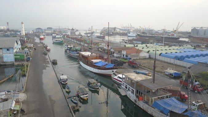 29466 medium banjir rob di pelabuhan tanjung mas semarang sudah berlangsung 2 bulan