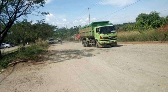 29638 medium warga tiga kecamatan di kabupaten bogor keluhkan kegiatan penambang pasir