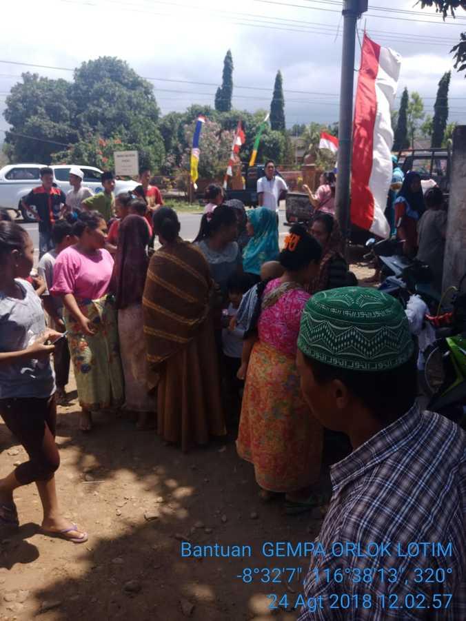 31224 medium warga lombok timur panik karena beredarnya hoax gempa susulan