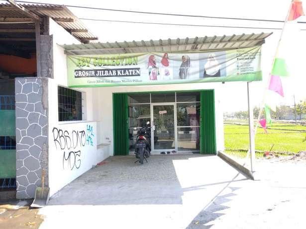 31891 medium loker jaga toko jogonalan klaten depan kantor pos