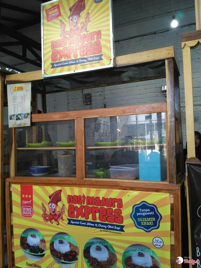32252 medium lowongan kerja pegawai partime untuk stan nasi madura di makmu cafe