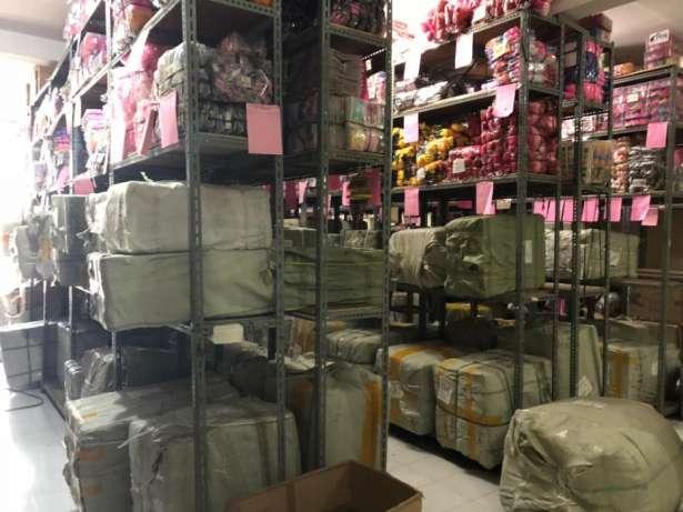 32835 medium di cari pegawai serabutan bagian angkat barang