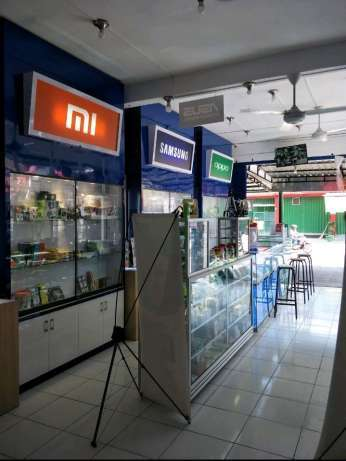 33538 medium loker counter hp istana ponsel