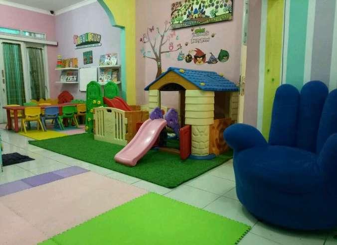 34489 medium bubblegum daycare membuka lowongan pengasuh