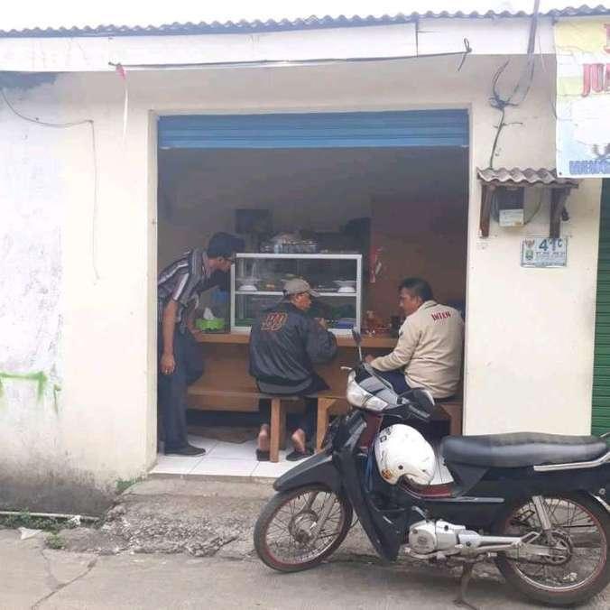 34614 medium pelayan warung makan