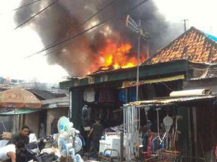 3475 medium kebakaran di bungur tewaskan dua warga