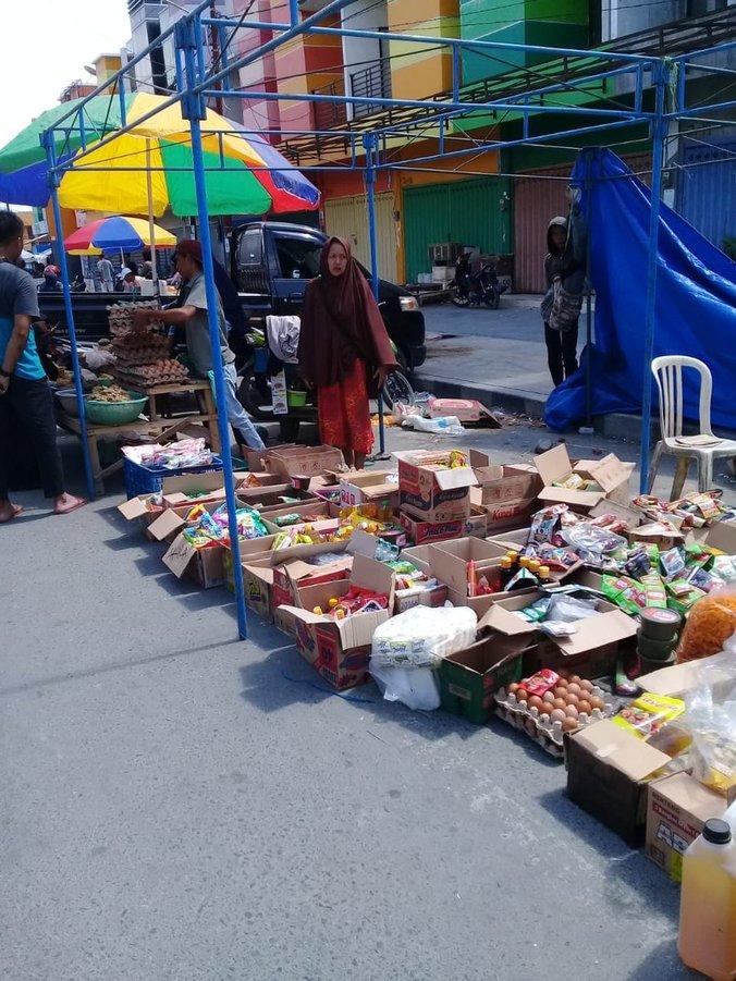 35068 medium usai gempa  aktivitas jual beli di kota palu berangsur pulih