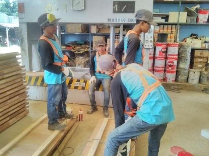 35156 medium lowongan kerja tukang kayu dan tukang alumunium %28pt. rekacipta mira tama%29  bekasi kota  jawa barat