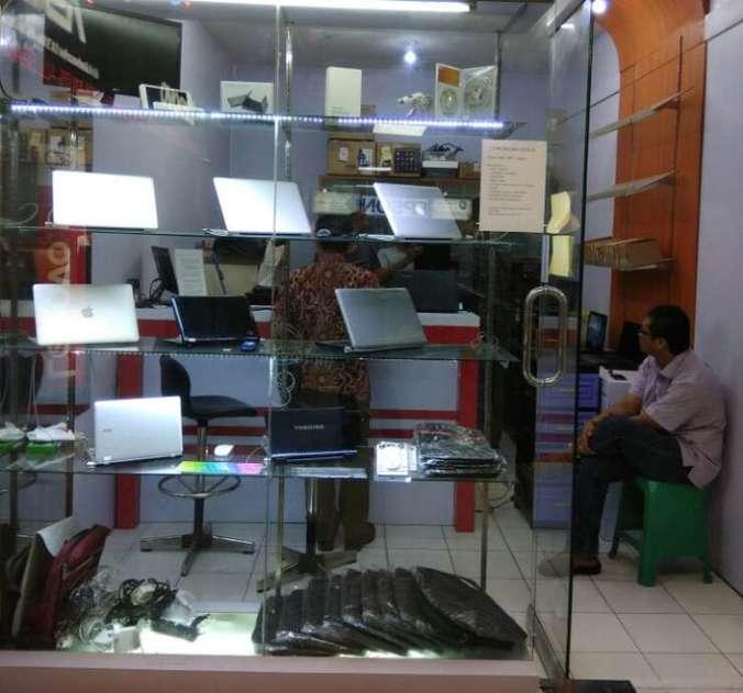 35676 medium %28lowongan kerja%29 sales toko jual beli laptop  macbook