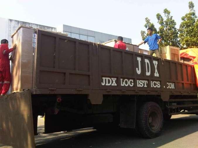 36265 medium lowongan kerja customer service di jdx logistics