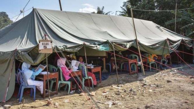 36588 medium cerita pilu anak korban gempa lombok belajar di sekolah darurat