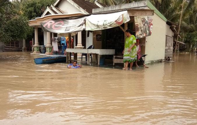 37676 medium sragi banjir