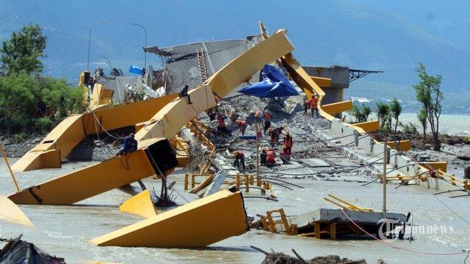 38104 medium perbaikan jembatan kuning pasca gempa dan tsunami 20181025 202907