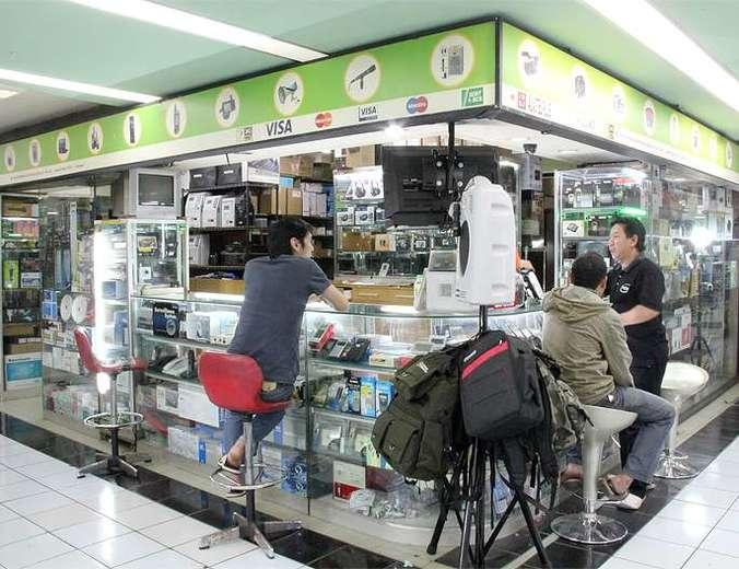 39264 medium dibutuhkan kurir toko elektronik  harco mangga dua