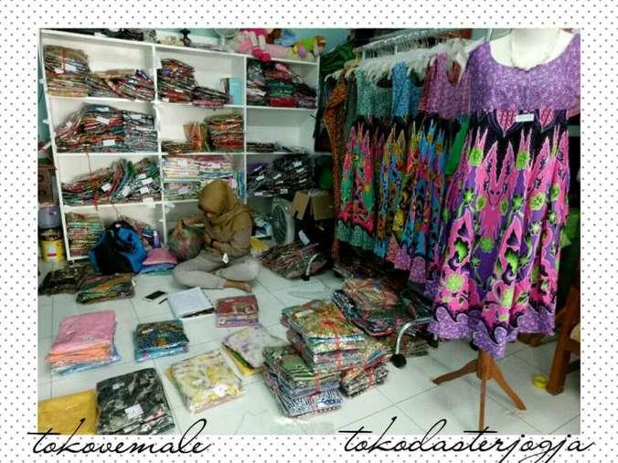 40946 medium dicari karyawati toko online
