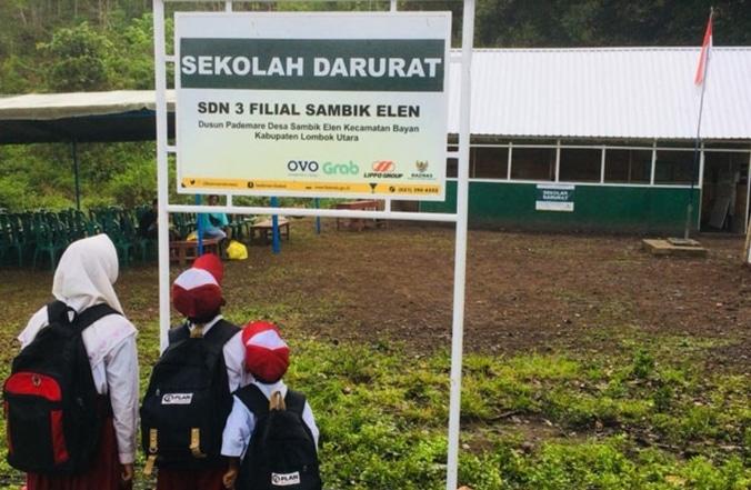 41102 medium baznas resmikan 10 sekolah darurat di lombok