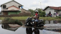 41743 small parit cabang kiri banjir
