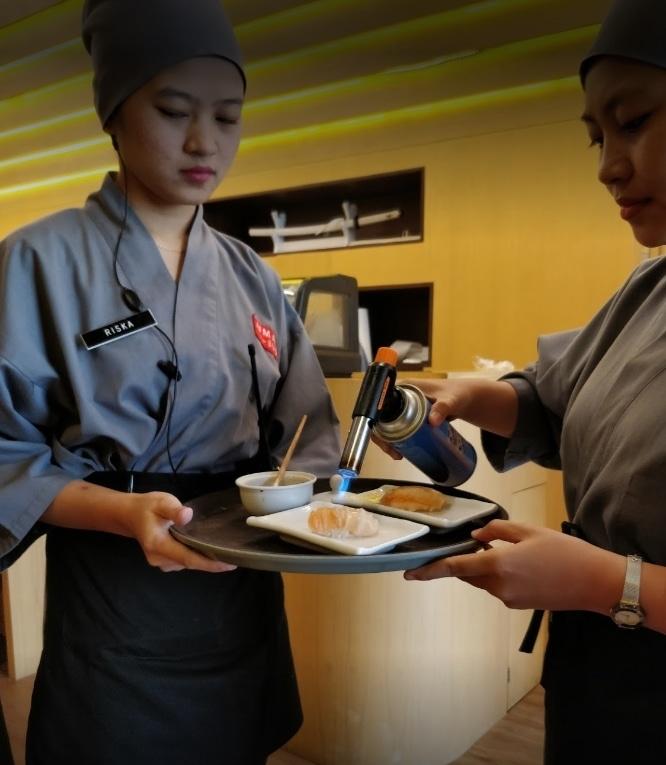 41853 medium lowongan kerja serverrunner berpengalaman di restoran sushi daerah pik