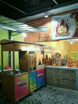 42370 small lowongan kerja   dibutuhkan karyawan restoran bakso   steak gaji 1jt s.d 1 5jt