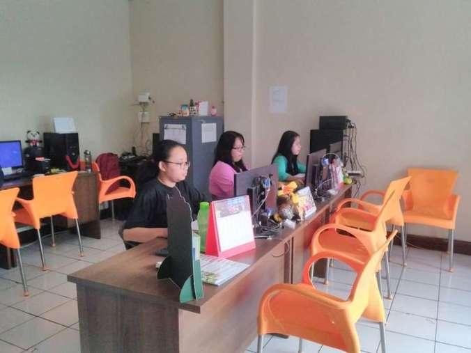 43093 medium lowongan kerja admin 1001express tour   travel surabaya