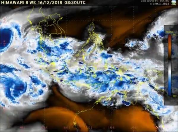 43103 medium bmkg imbas siklon kenanga  berikut wilayah berpotensi hujan lebat tanggal 17 19 desember 2018