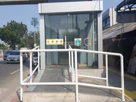 45391 medium jpo jelambar berfasilitas lift bisa digunakan pekan ini
