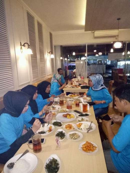 45715 medium lowongan kerja cook helper dan waiter di mantagi minang resto