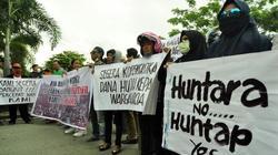 46156 small korban likuifaksi balaroa demo di dprd tolak huntara