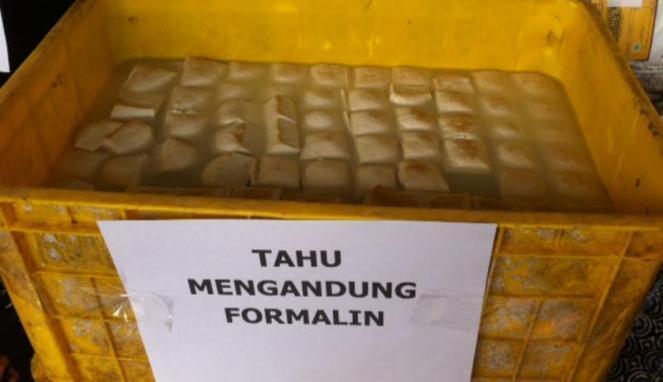 4624 medium tahu berformalin dan ayam busuk ditemukan di pasar kramat jati